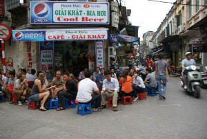 Hanoi Street food courtesy of http://worldnosh.wordpress.com/2012/03/14/hanoi-street-foods/