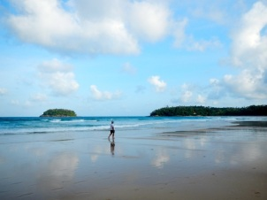 Early in the morning at Kata Beach